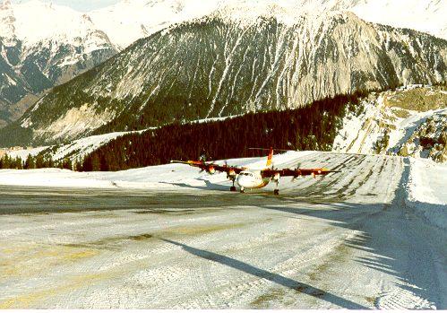 Dash 7 landing in CVF